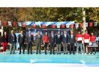 Gazili genç bilim insanları projelerini sergiledi
