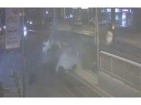 İzmir'de bir kişinin hayatını kaybettiği kaza kamerada