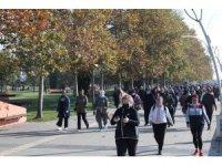 'Hareket Et Sağlıklı Ol' sloganıyla kadınlar ön sırada yürüyor