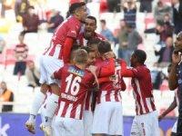Sivasspor sahasındaki yenilmezlik serisini 5'e çıkartmak istiyor
