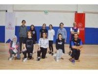 Tavşanlı'da 'Akıncılarspor Kız Basket Takımı' kuruldu