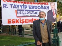 Erdoğan sevgileri kilometrece uzaktan yollara düşürdü