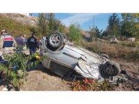 Taşova'da otomobil takla attı: 4 yaralı