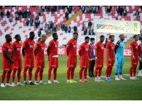 Sivasspor ligdeki beşinci beraberliğini aldı