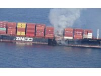 Kanada açıklarındaki konteyner gemisinde yangın