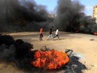 Sudan'da darbe girişimi: Tutuklanan başbakanın yeri bilinmiyor!