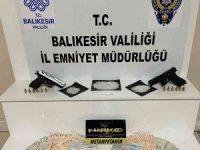 Balıkesir'de polisten 89 şahsa uyuşturucu operasyonu
