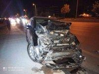 Ankara'da otomobilin çarptığı kamyonet takla attı: 1 yaralı