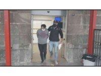 İzmir'de örgüt adına yardım toplayan 12 FETÖ şüphelisi gözaltında
