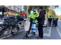 Fatih'te  kurallara uymayan elektrikli scooter sürücülerine ceza yağdı