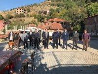 Burhaniye'de Kaymakam Memiş kırsal mahalleleri ziyaret etti