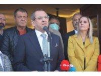 Ayvalık'ta Mesut Ergin ve 7 belediye meclis üyesi için bir tören daha