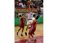 FIBA Şampiyonlar Ligi: Pınar Karşıyaka: 67 - Baxi Manresa: 72