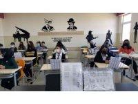 Karakoçan'da müzik sınıfı açıldı