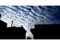 Sarıgöl'de bulutların görsel şöleni mest etti