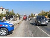 Van'da tır ile kamyonet çarpıştı: 2 yaralı