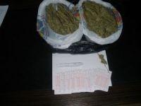 Sokakta uyuşturucu satanlardan 10'u tutuklandı