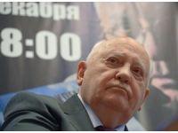 Gorbaçov: Rusya, NATO'nun güçlenmesine tepki vermeli