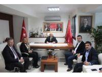 CHP Grup Başkan Vekili Özgür Özel İzmir'de