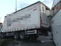 D-100 Karayolu'nda trafiği kilitleyen kaza
