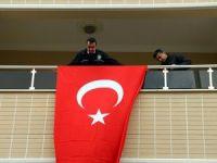 Gaziantep'teki terör saldırısında yaralanan polis şehit oldu