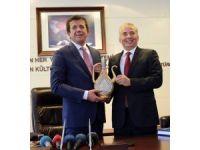 Ekonomi Bakanı Zeybekci, Denizli Büyükşehir Belediyesini Ziyaret Etti