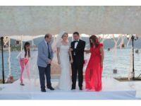 Ürdünlü Aile Ada Kapatıp Düğün Yaptı