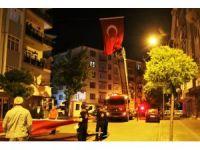 Kırşehir'de şehit Astsubayın baba evi, Türk Bayrakları ile donatıldı