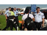 Ambulans kazasında dört kişi yaralandı