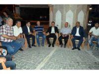 Demokrasi nöbetine komutanlar da katıldı