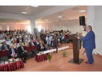 Kütahya'da '15 Temmuz Darbe Girişiminin İslam Coğrafyasında Yansımaları' konferansı