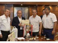 Başkan Uysal, Kadıköy Belediyesi'ni ziyaret etti