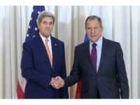 Kerry, Lavrov'la Cenevre'de Suriye'yi görüşüyor