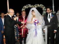 Başbakan Yardımcısı Mehmet Şimşek, yeğeninin düğününe katıldı