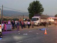 Üzüm işçilerini taşıyan iki araç kaza yaptı: 1 ölü, 26 yaralı