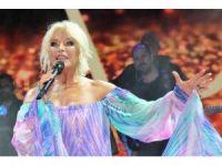 Ajda Pekkan konseri izdihama neden oldu