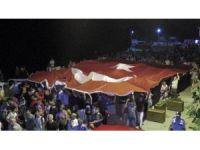 Binlerce kişi şehitler ve 30 Ağustos Zafer Bayramı için yürüdü