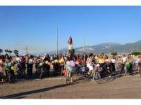 'Süslü Kadınlar' İskenderun'da bisiklet turu düzenlediler