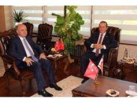 """KKTC'li Bakan Ataoğlu: """"Yavru vatanın darbe girişimine karşı yaptığı hareket umarım birilerine ders olur"""""""