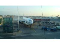 Atatürk Havalimanı'nda yolcu uçağını su bastı