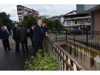 DSİ Genel Müdürü Murat Acu, sel felaketinin yaşandığı Trabzon'un Beşikdüzü ilçesinde incelemelerde bulundu