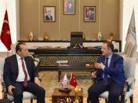 Bakan Özhaseki, KKTC Turizm ve Çevre Bakanı Fikri Ataoğlu ile görüştü