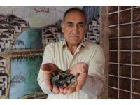 Köylülerden aldığı 2 bin yıllık sikkeleri müzeye verdi