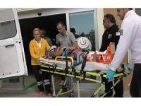 Kulu'da inşaattan düşen çatı ustası yaralandı