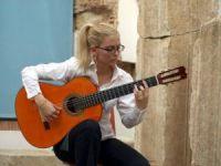 Dünyaca ünlü Latin gitaristler Bergama'ya geliyor