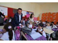 Birinci sınıflar okul setine kavuştu