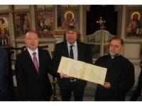 Bin 441 Bulgar'ın yazdığı kitap Sveti Georgi Kilisesi'ne hediye edildi