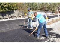 Kuşadası Karaova'da asfalt çalışması başladı
