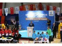 Esenler, 2 bin 16 metre Türk Bayrağı ile rekor kırmaya hazırlanıyor