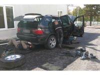 Dereköy'de bir araçta 3 adet kalaşnikof bulundu